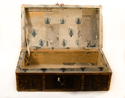 traveling trunk andover 1783
