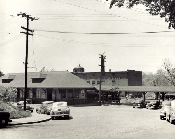 Andover train station c1940